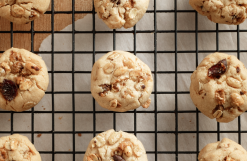 Barbara&#8217;s Buttons  <br />featuring <br />Peanut Butter &#038; Co. header